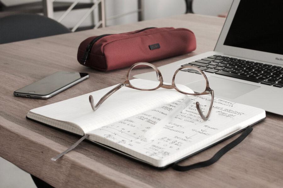 Czy warto podpisać umowę z biurem księgowym?