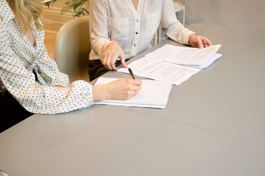 Jak przygotować się do napisania pracy dyplomowej?